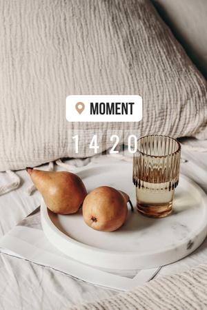 Ontwerpsjabloon van Pinterest van Pears and Glass of Water in Bed