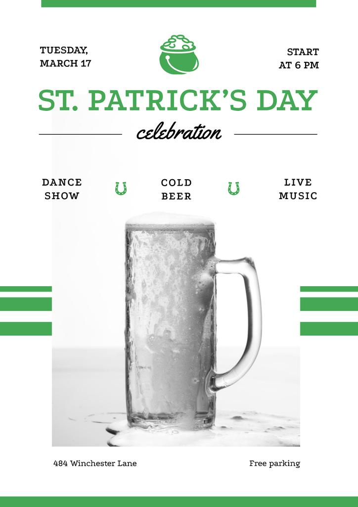 St.Patricks Day Celebration with Glass of cold Beer — Maak een ontwerp