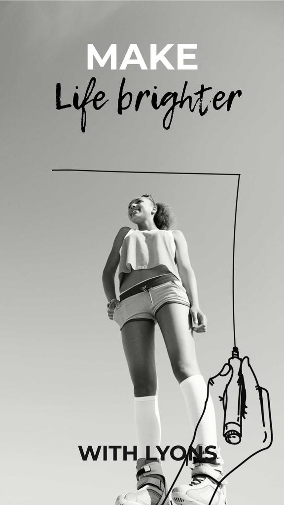 Happy Young Girl in Black and White — Maak een ontwerp