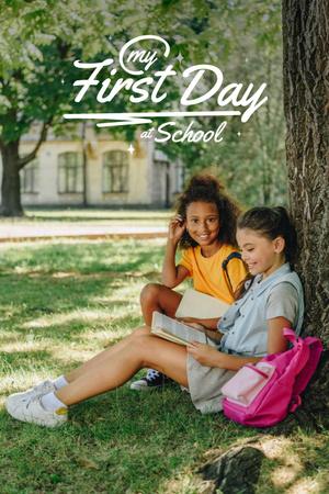 Ontwerpsjabloon van Pinterest van Back to School with Cute Little Girl