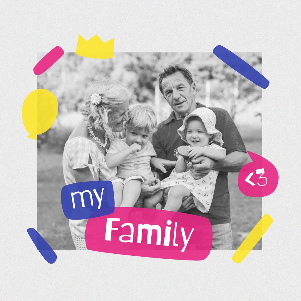Designvorlage Happy Grandparents with their Grandchildren für Instagram