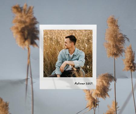 Ontwerpsjabloon van Facebook van Autumn Inspiration with Happy Young Guy in Corn Field