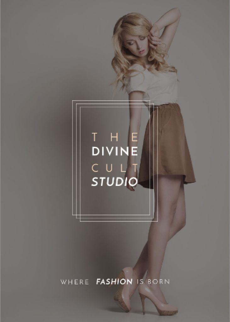 Fashion Studio Ad Blonde Woman in Casual Clothes — Crear un diseño