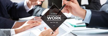 Plantilla de diseño de Cropped image of business people working together at office  Twitter