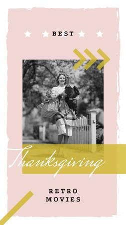 Woman with turkey bird on Thanksgiving Instagram Story Modelo de Design