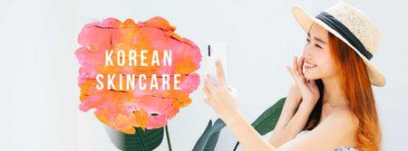 Modèle de visuel Skincare Ad with Woman applying Cream - Facebook cover