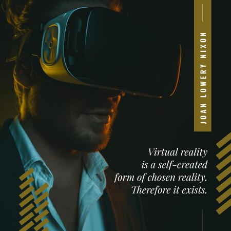Man using vr glasses Instagram Modelo de Design