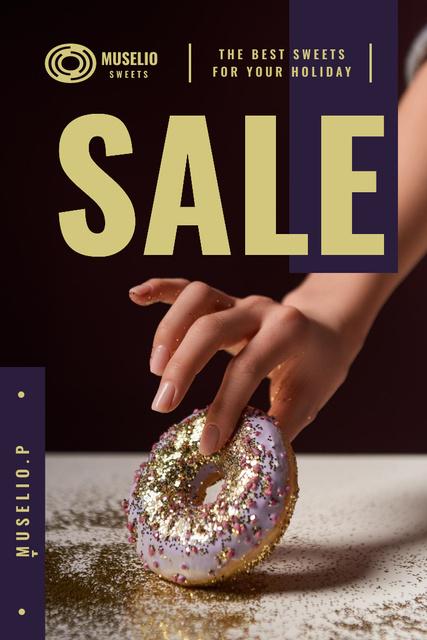 Szablon projektu Bakery Offer with Woman Holding Doughnut Pinterest