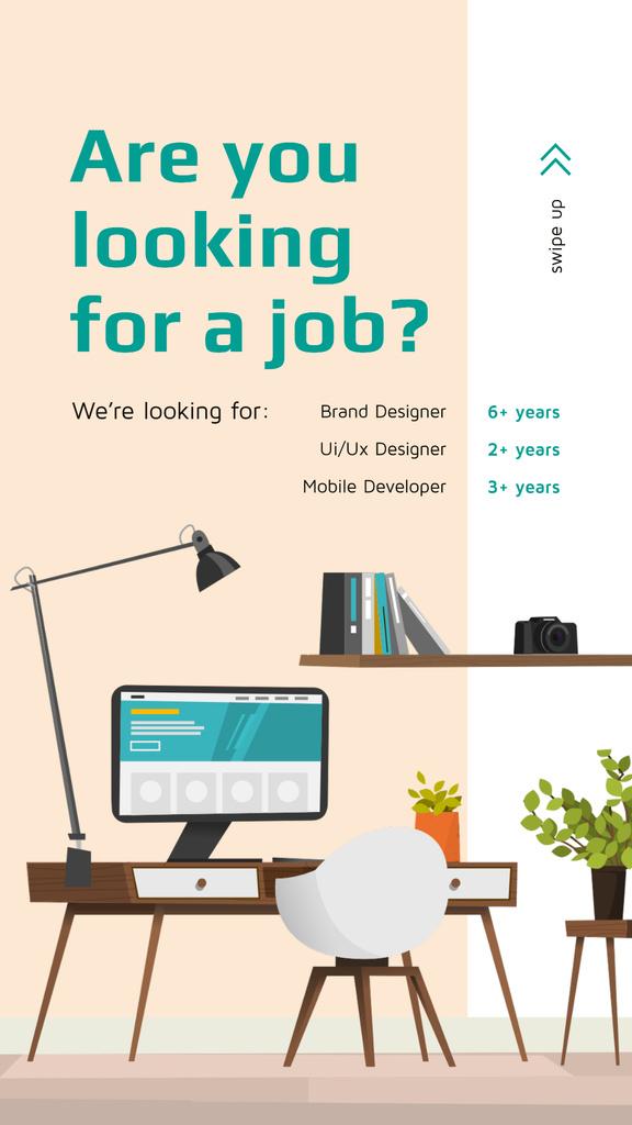 Plantilla de diseño de Computer on working table Instagram Story