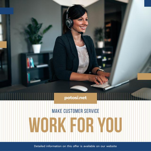 Customers Support Smiling Worker in Headset Instagram AD Modelo de Design