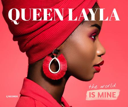 Modèle de visuel Beautiful Woman in Stylish Earrings - Facebook
