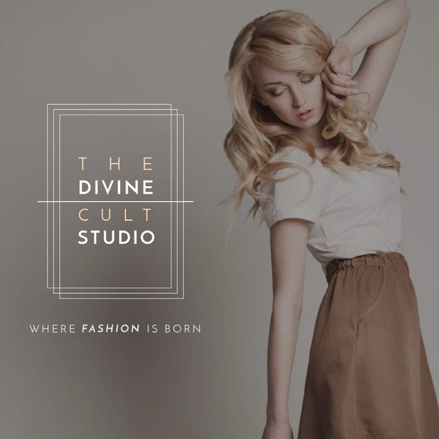 Designvorlage Attractive Woman in Stylish Clothes für Instagram
