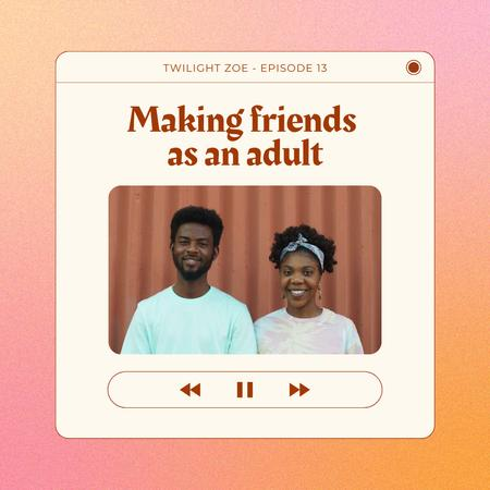 Modèle de visuel Podcast Topic Announcement with Smiling People - Animated Post