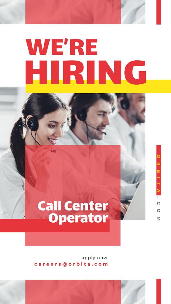 People working at call center — Создать дизайн