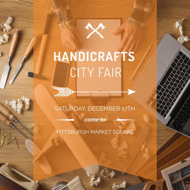 Sharpening Tools and Laptop on Wooden Table Instagram – шаблон для дизайну