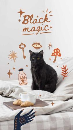 Modèle de visuel Halloween Inspiration with Cute Black Cat - Instagram Story