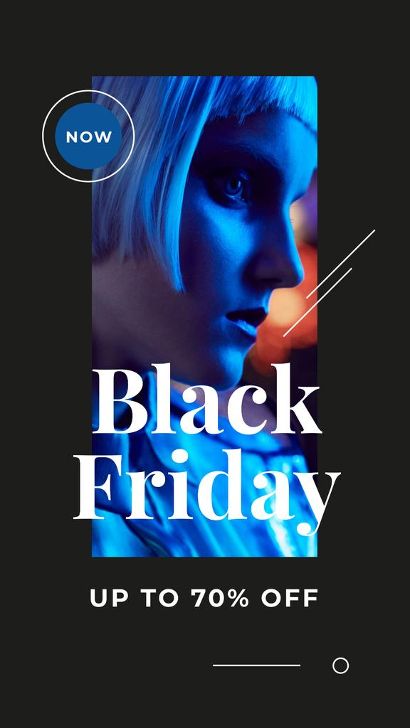 Black Friday Sale Young attractive woman in blue light — Crear un diseño