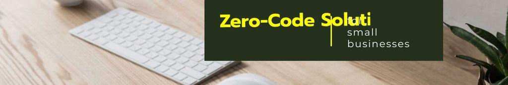 Software Service ad on office table — Создать дизайн