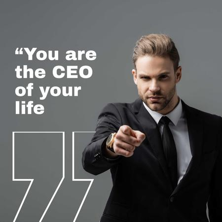 Business Quote with Man pointing Animated Post Modelo de Design