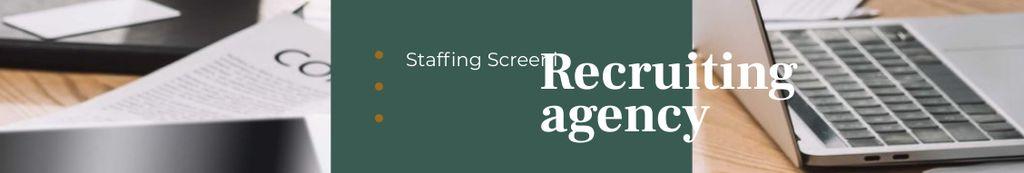 Recruiting Agency profile on office table — Créer un visuel