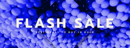 Flash Sale Ad with Purple Bubbles Texture Facebook Video cover Modelo de Design
