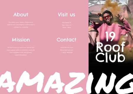 Template di design Bar Promotion with Smiling Young Guy Brochure