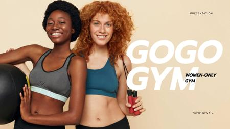 Gym promotion with Smiling Fit Woman Presentation Wide Modelo de Design
