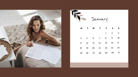 Woman working and relaxing at Home Calendar Modelo de Design